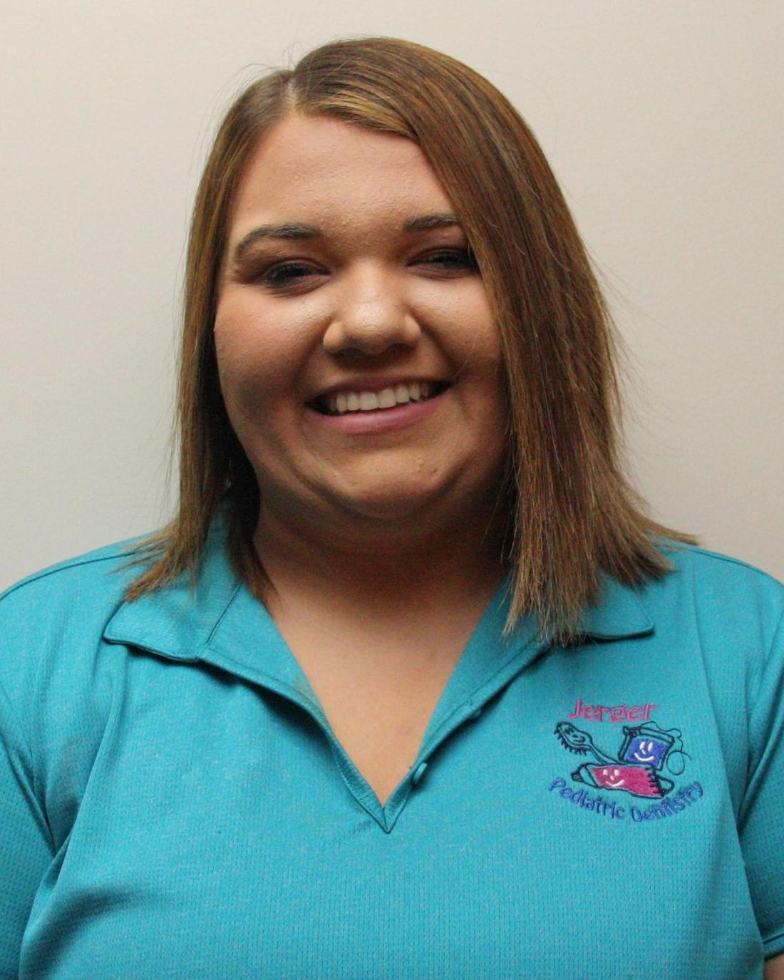 Kayla Headshot | Dental Assistant in Decatur, IL